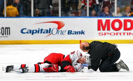 Hockey-Concussion-e1358705912237