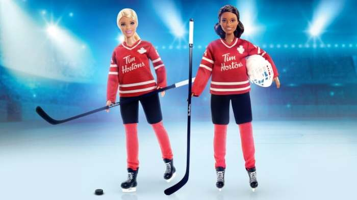 hockey-player-barbie-20200818